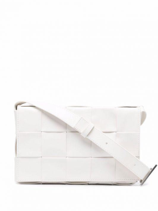 Bottega Veneta Maxi Intrecciato Cassette messenger bag - Weiß