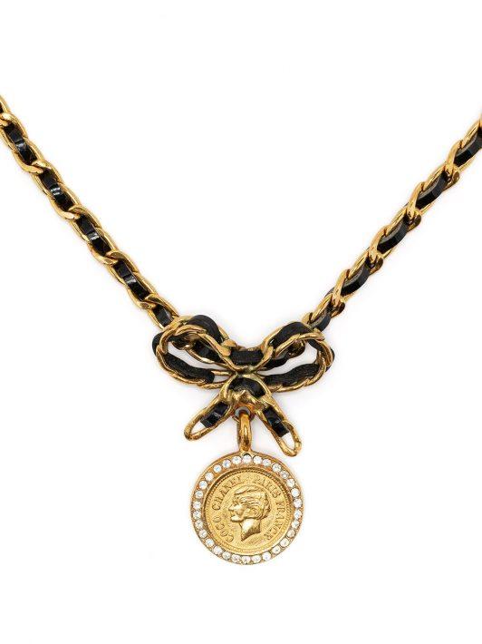 Chanel Pre-Owned 1996 Halskette mit CC-Anhänger - Schwarz
